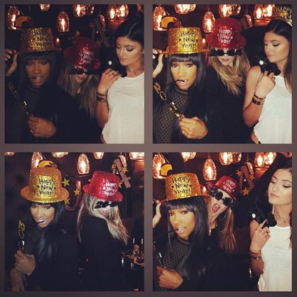 faa4272ec00 Khloé Kardashian Celebrates New Year s With Gal-Pals