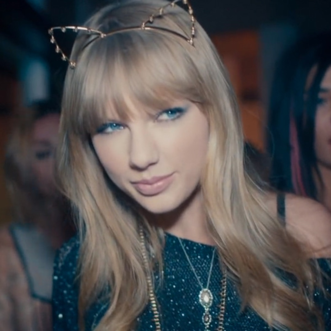 Taylor Swift S Cat Lady Fashion See The Pics Right Meow E Online Uk