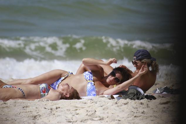 Giovanna Antonelli corpo biquíni praia Rio de Janeiro