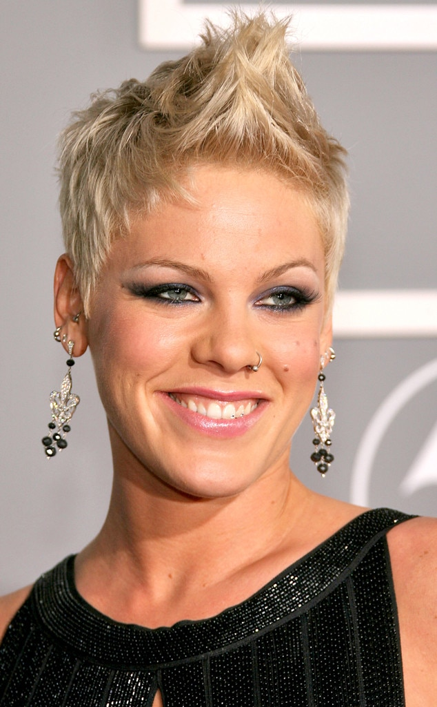 pinks hair styles pink from grammy awards hair evolutions e news 8398