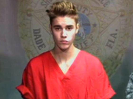 Justin Bieber se manifesta após prisão