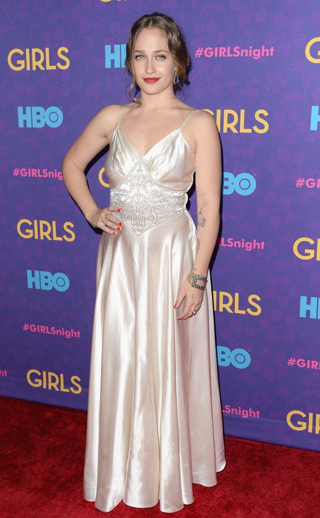 The Girls of Girls Step Out in Style for Their Season 3 Premiere ...