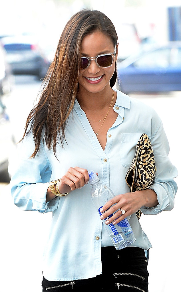 Jamie Chung, Engagement Ring