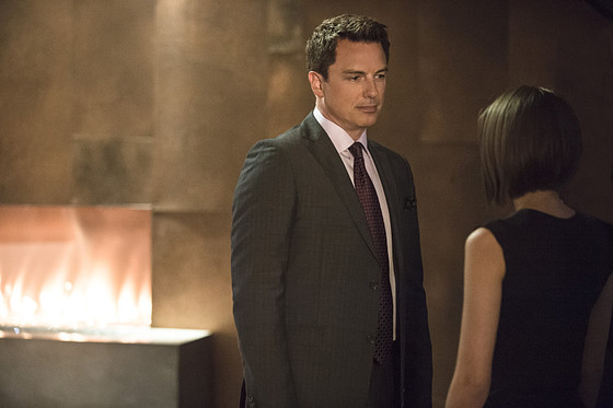 Tommy Merlyn Is Returning to Arrow—But There's a Twist! | E