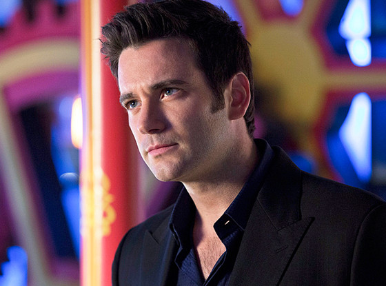 Arrow, Colin Donnell