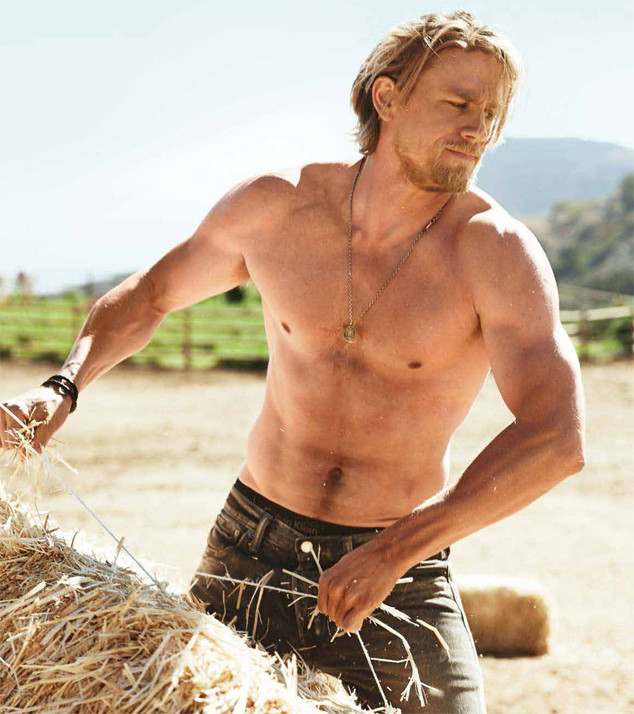 Charlie Hunnam Is Open to Doing Full-Frontal Nudity | E! News