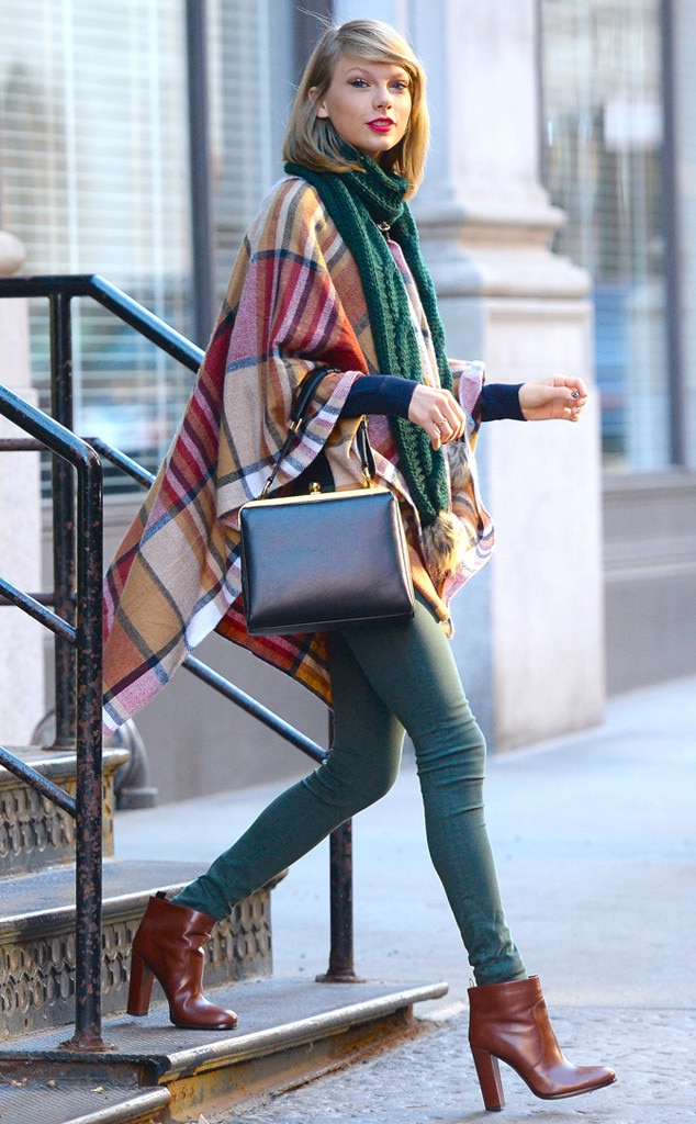 Poncho Please From Taylor Swift S Street Style E News