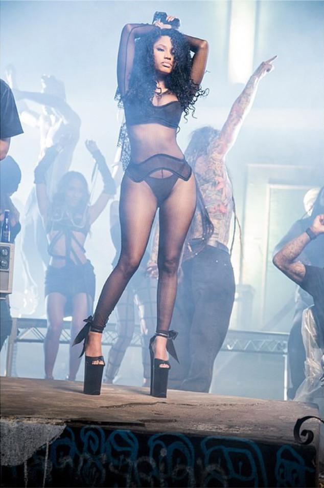Nicki Minaj, Only