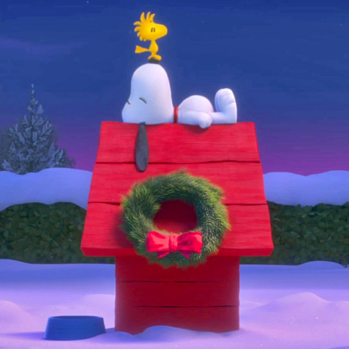 Snoopy Woodstock And Charlie Brown Star In New Trailer For The Peanuts Movie Watch Now E Online