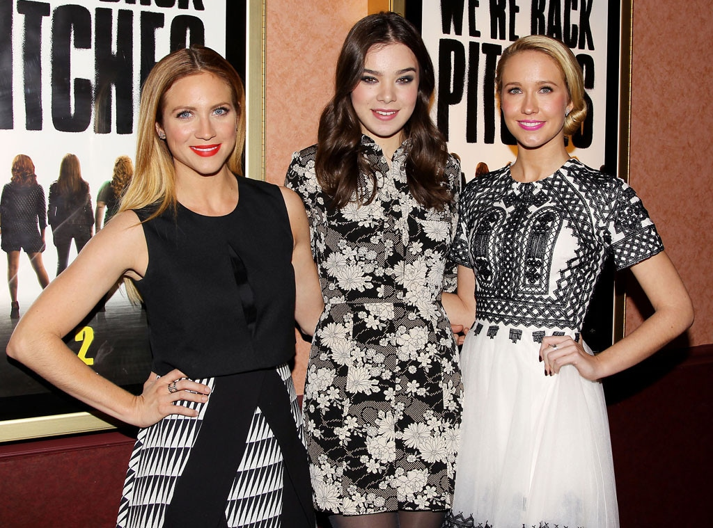 Brittany Snow, Anna Camp, Hailee Steinfeld, Pitch Perfect