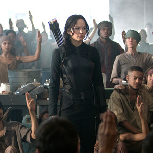 Jennifer Lawrence entra na parada musical com hit de Jogos Vorazes
