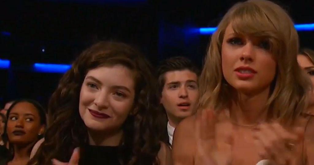 Taylor Swift, AMA's, Emotional