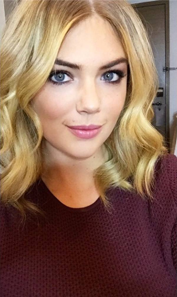 Kate Upton Gets A Sexy Face Framing Haircut See The Pic E Online