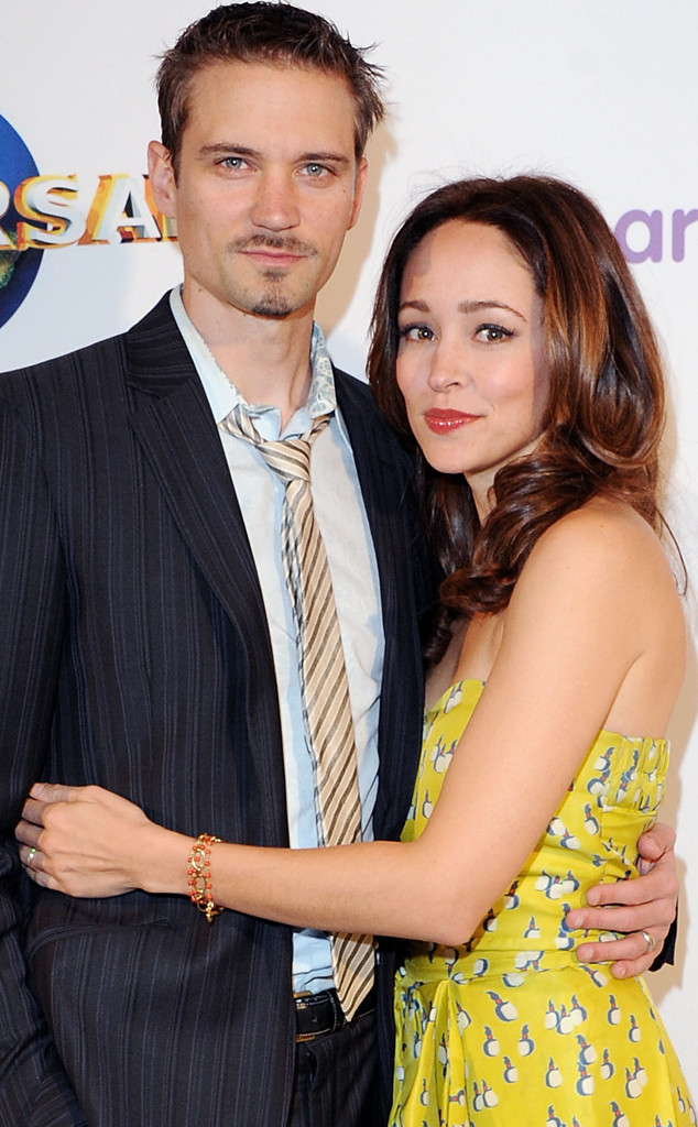 Entourage S Autumn Reeser Files For Divorce From Husband
