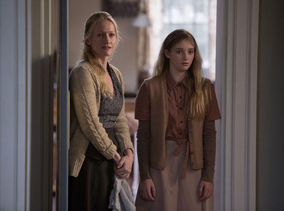 Paula Malcomson, Willow Shields, Hunger Games