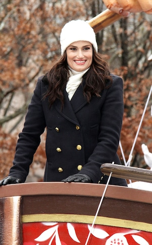 Idina Menzel, Macy's Thanksgiving Day Parade