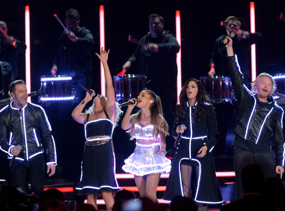 Ariana Grande, Little Big Town, CMA