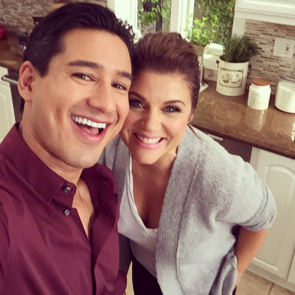 It S A Saved By The Bell Reunion Mario Lopez And Tiffani Thiessen