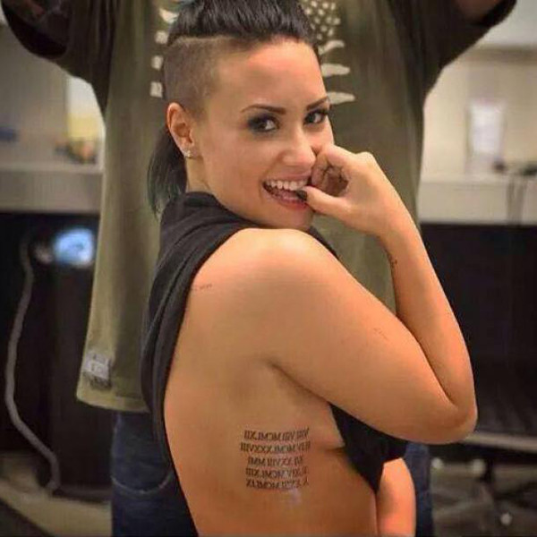 1e90e33f2 Demi Lovato Serves Up Major Side Boob While Showing Off New Tattoo—Find Out the  Meaning!