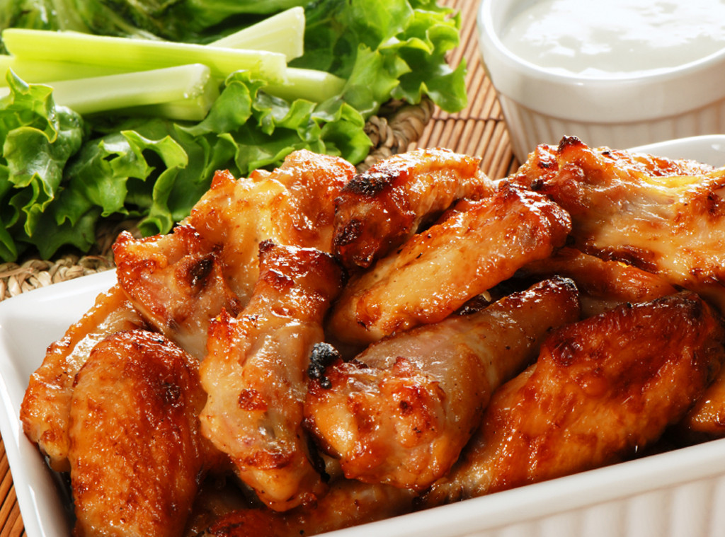 Super Bowl Party Must Haves, Chicken Wings
