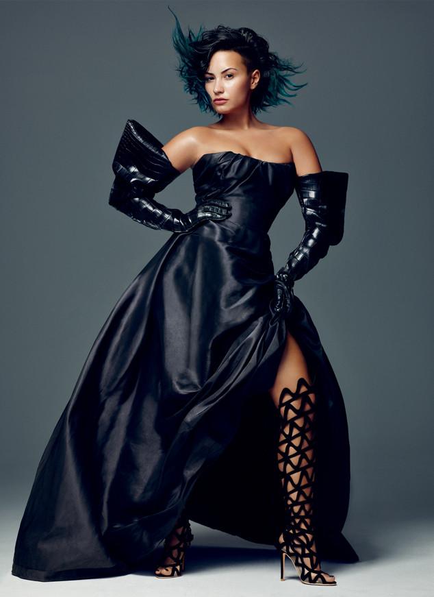 Demi Lovato Praises Her Booty & Kim K.—Watch Now! | E! News