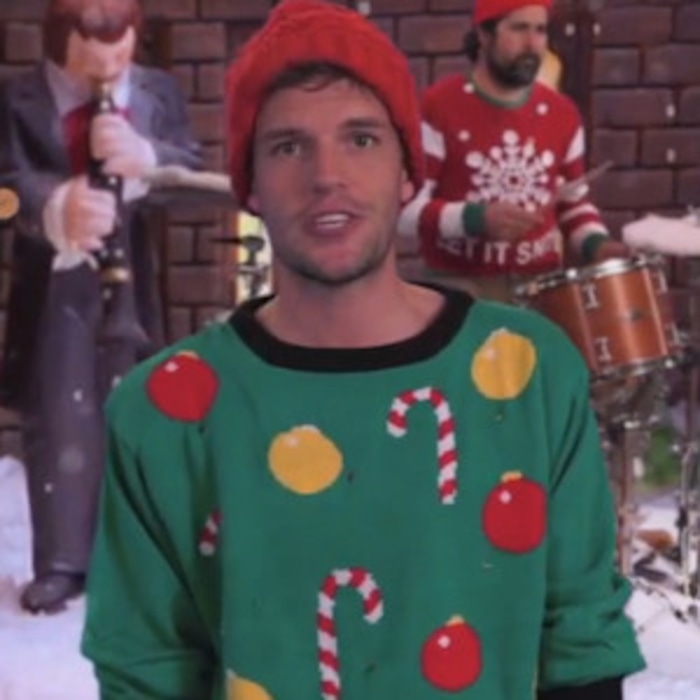 Jimmy Kimmel Writes a Very Untraditional Christmas Song—Watch! | E ...