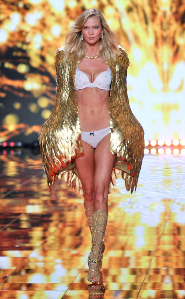 76f7b3eaad Fallen Angel! Karlie Kloss Is Leaving Victoria s Secret—Get the ...