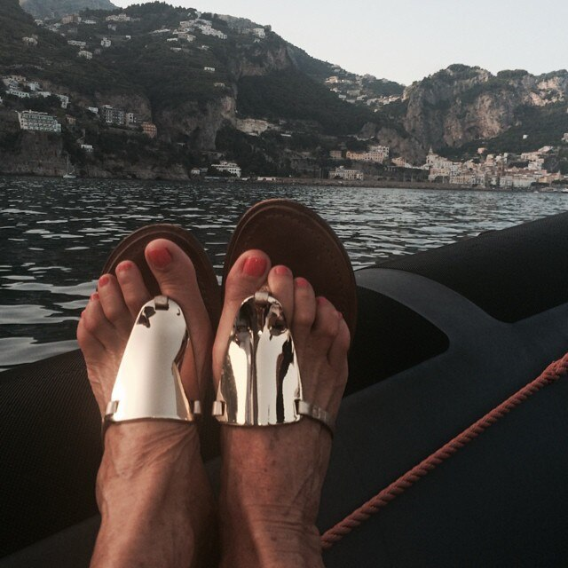 f1f2011c73ff Foot Selfie from Diane von Furstenberg Lives the Ultimate Jetsetter ...