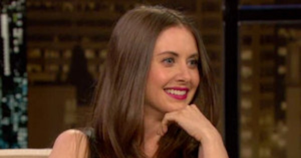 fac665e1d4 Alison Brie Reveals She Is a Terror in the Sack on Chelsea Lately—Watch  Now! | E! News Canada