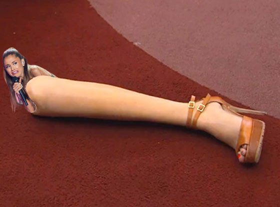 Ariana Grande Face Meme, RHONY leg on table