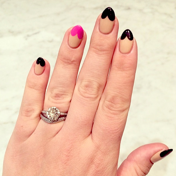 Busy Philipps, Manicure