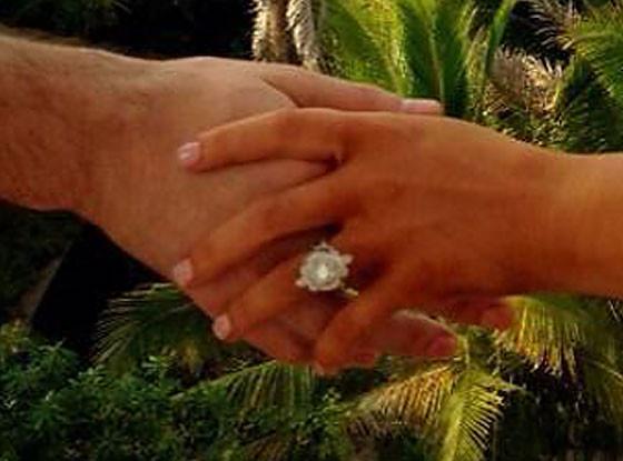 Christina Aguilera, Matt Rutler Engagement Twitter