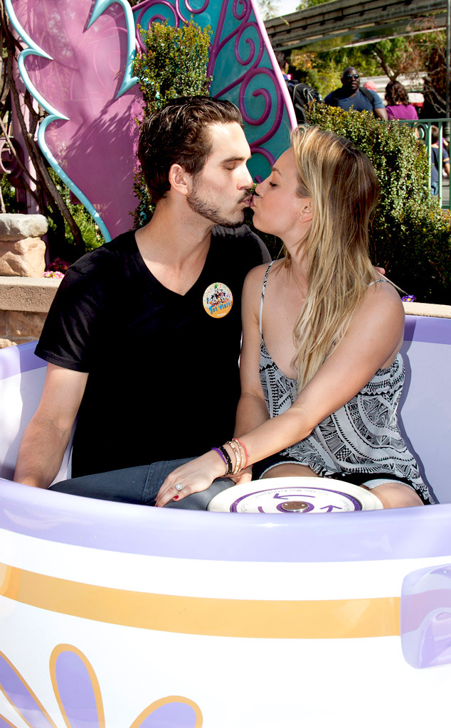Kaley Cuoco, Ryan Sweeting, Disneyland