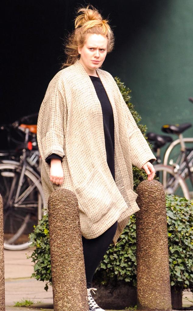 Hot Mess Or Sleepwalker Adele Steps Out In Giant Jammies E Online