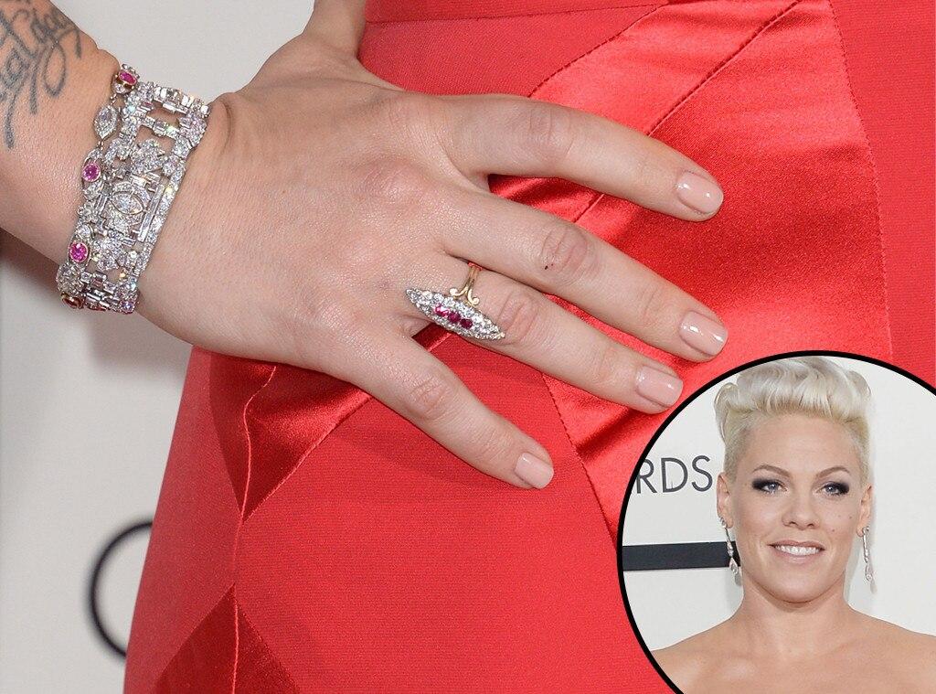 Pink, Grammys, Manicure