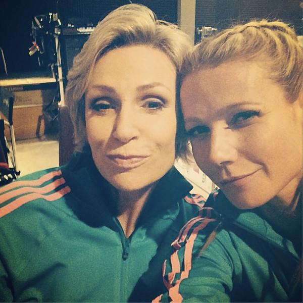 Gwyneth Paltrow, Jane Lynch, Instagram