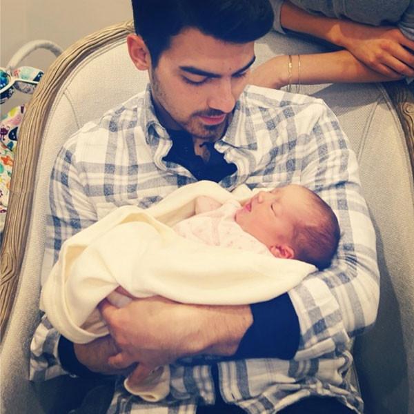Joe Jonas, Baby Alena Rose, Instagram