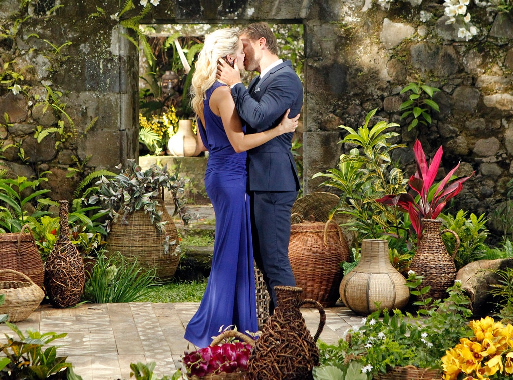 "Juan Pablo,  The Bachelor , Season 18 -  Though Juan Pablo chose Nikki Ferrell at the end of season 18, he didn't get down on one knee.  Then on the  After the Final Rose  show, Nikki shared that Juan Pablo still hadn't said ""I love you"" to her."