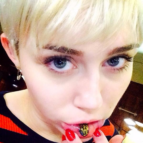 Miley Cyrus, Tattoo