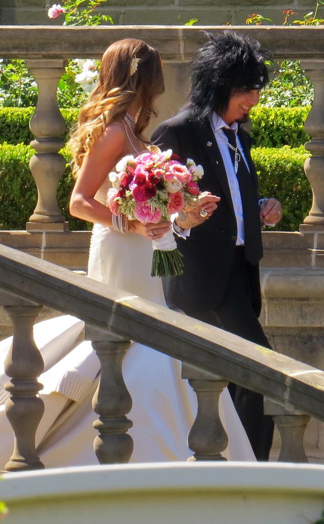 Nikki Sixx, Courtney Bingham