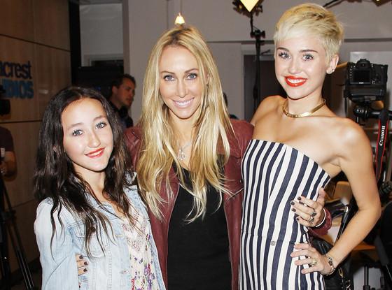 Noah Cyrus, Tish Cyrus, Miley Cyrus