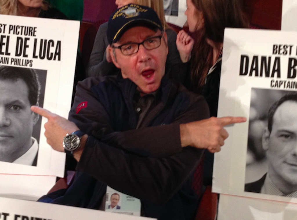 Celebrity photo bombs kevin spacey