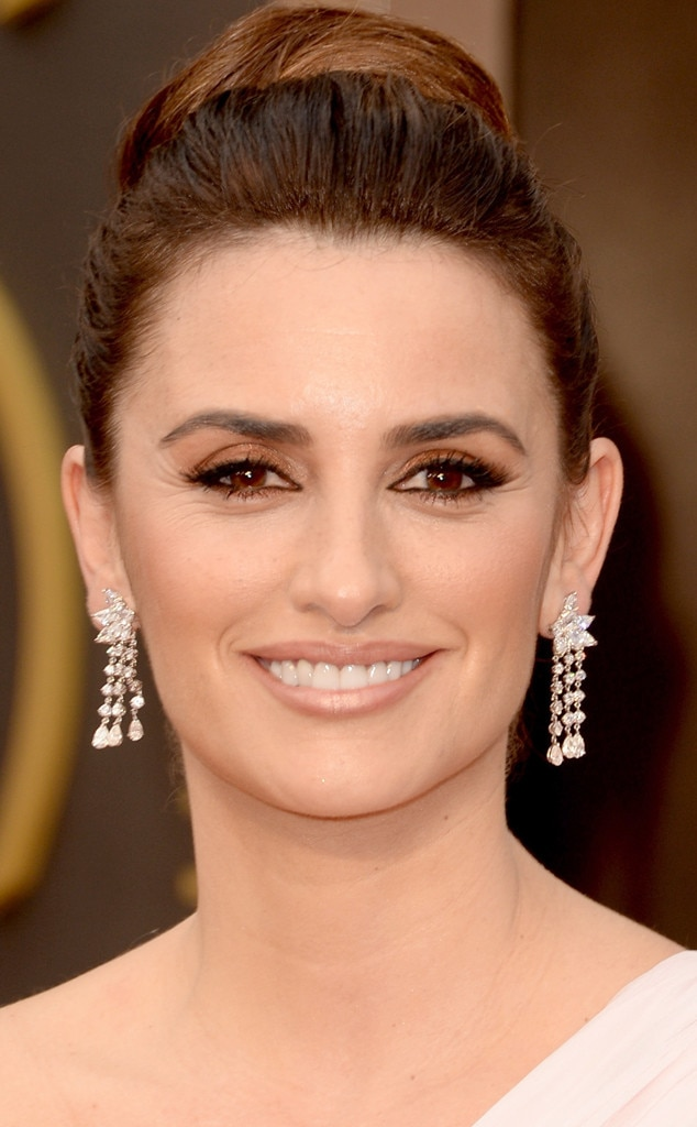 Penelope Cruz, Best Accessories, Oscars
