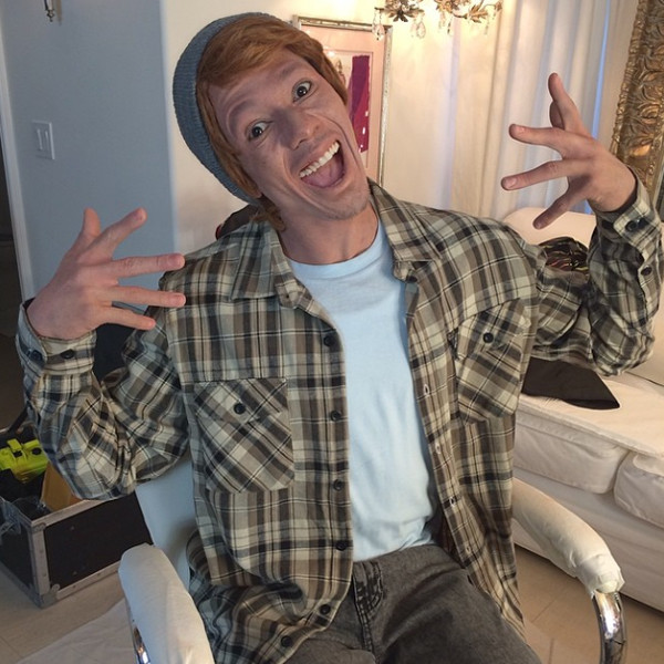 1St Choice Auto >> Nick Cannon Dresses in Whiteface, Dubs Himself Connor Smallnut | E! News