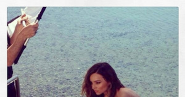 Miranda Kerr Graciously Posts Naked Photo Of Herself On Instagram  E News-7610