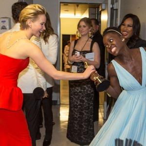 Jennifer Lawrence, Lupita Nyong'o, Oscars Backstage
