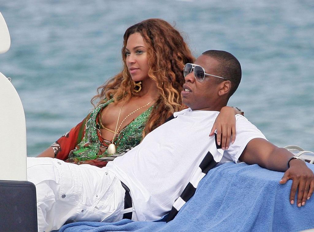 Jay Z Amp Beyonc 233 From Stars En Vacances 224 Saint Tropez E