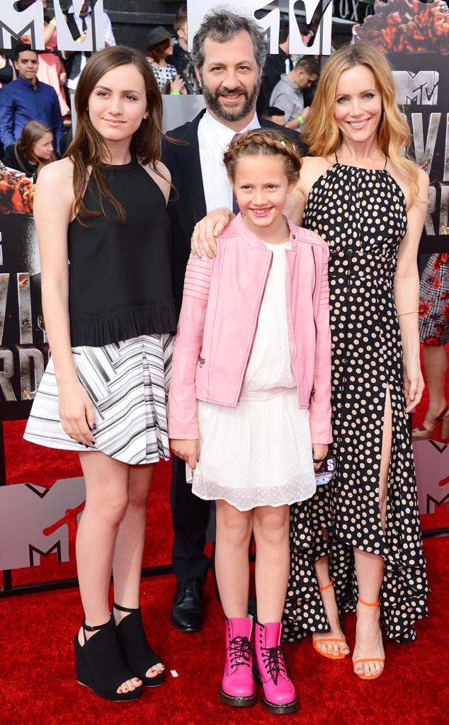 Maude Apatow, Judd Apatow, Iris Apatow, Leslie Mann, MTV Movie Awards