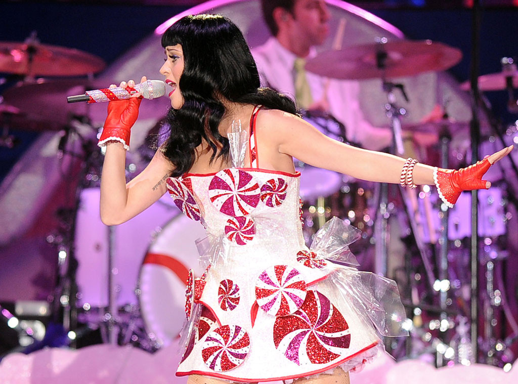 Katy Perry, Food Outfits, Peppermint