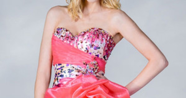 28 Hideously Awesome Prom Dresses to Wear on Your Big Night | E! News